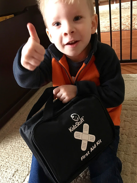 Kids give the KidzStuff First Aid Kit a big thumbs up!