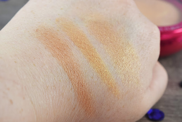 Physicians Formula Happy Booster & Mood Boosting Baked Bronzer in Light Swatch