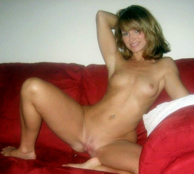 Would Sexy mid age milf naked