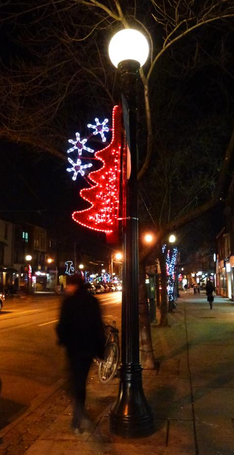 Little Christmas Italy.Occasional Toronto Little Italy Christmas Rush
