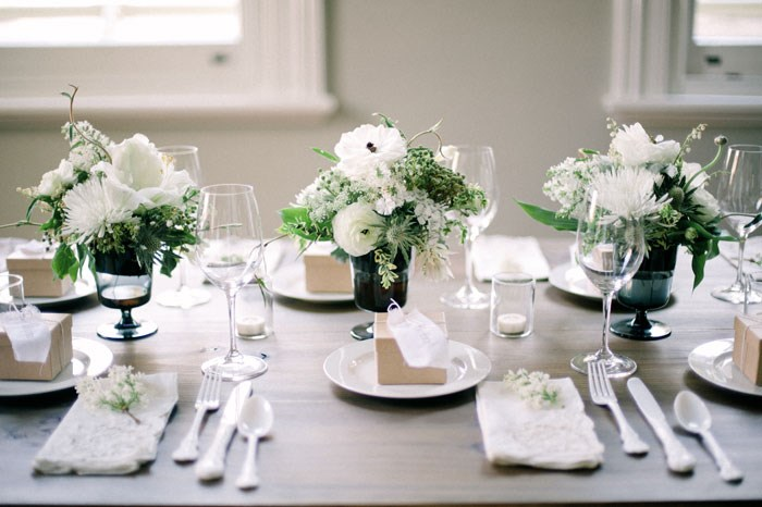 minimalist wedding decoration