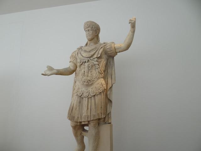 Estátua do Imperador Adriano