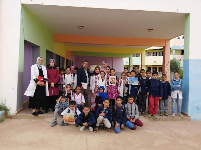 مدرسة الانبعاث طانطان تؤسس اول نادي لهواة جمع الطوابع البريدية بالجنوب