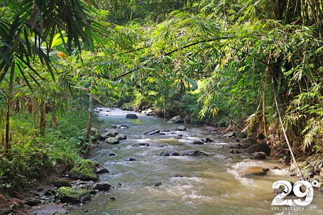 Kipuan Kebo Waterfall (Bortom turiststråken del 3)