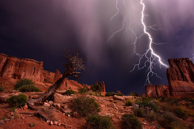 Lightning over Courthouse Rock