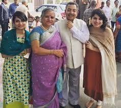 Vinod Dua Family Wife Son Daughter Father Mother Age Height Biography Profile Wedding Photos