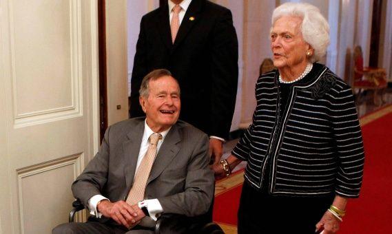 Hospitalizan a expresidente de EE.UU. George H.W. Bush