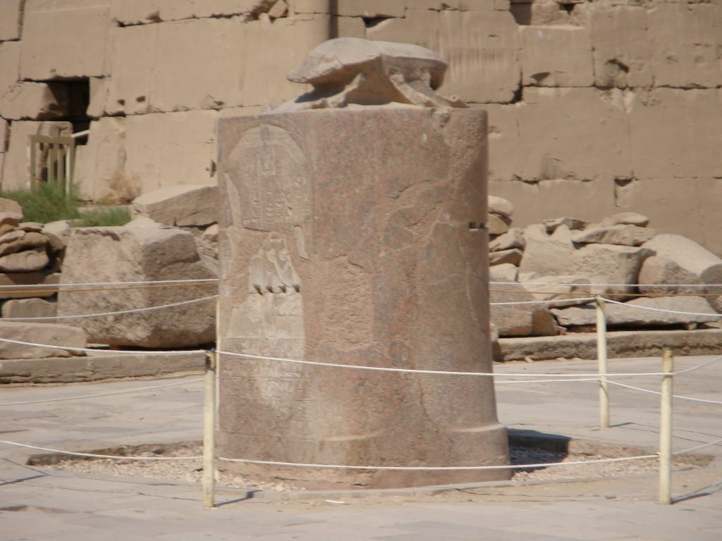 Templo de Karnak, o maior templo egípcio