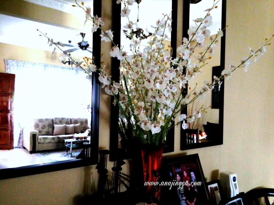 Hiasan Pasu Bunga Di Ruang Tamu Brad Erva Doce Info