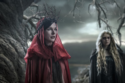 Milla Jovavich and Penelope Mitchell in Hellboy (2019)