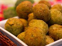 Bolinha Verde de Mandiokejo (vegana)