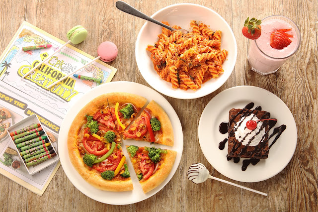 Storytelling and make your own Pizza session at California Pizza Kitchen