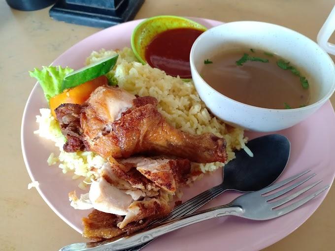 Makan di Warung Haji Dollah Nasi Ayam