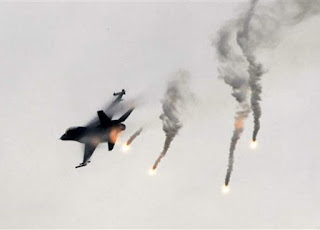 Flare Pesawat Tempur