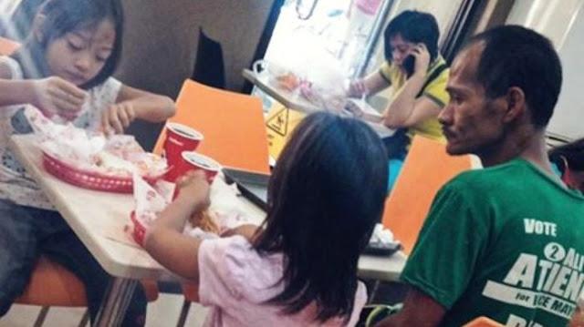 Netizen Sampai Menangis Setelah Tahu Kisah Dibalik Foto Ini