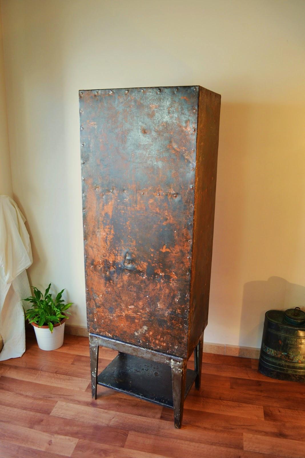 Armario metalico industrial antiguo ref 38 for Armario industrial vintage