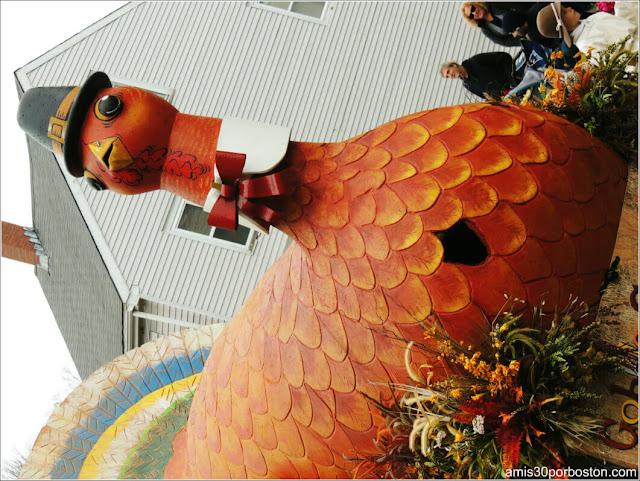 Carroza Pavo en el Desfile de Acción de Gracias en Plymouth