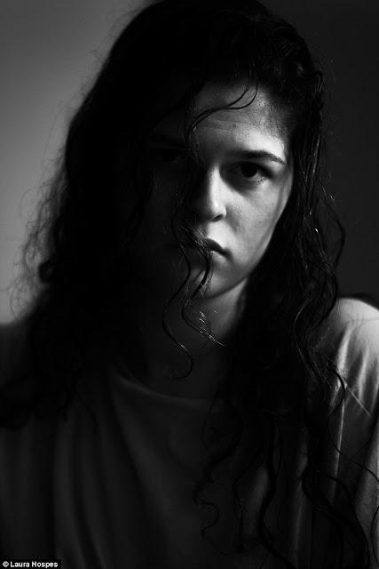 autoportreti Laure Hospes