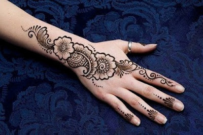 Floral Mehndi Designs for Fingers and BackHands