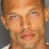 Αποφυλακίστηκε ο πιο ΣEΞΙ κατάδικος στον κόσμο και ξεκινά καριέρα μοντέλου [ΕΙΚΟΝΕΣ]