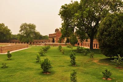 Humayun's Tomb Garden // Delhi