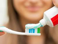 Pasta Gigi Untuk Menghilangkan Karang Gigi