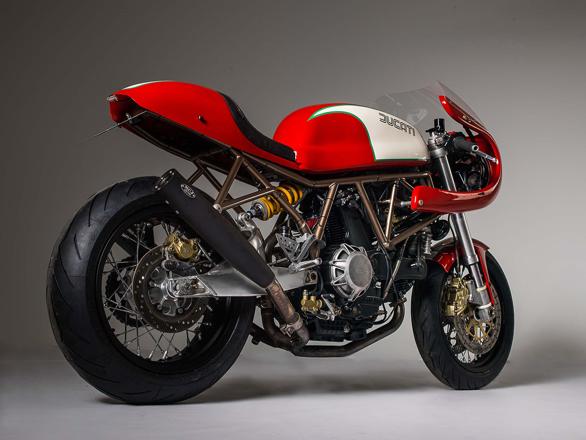 duke redux barn built bikes ss1000ds return of the cafe racers. Black Bedroom Furniture Sets. Home Design Ideas