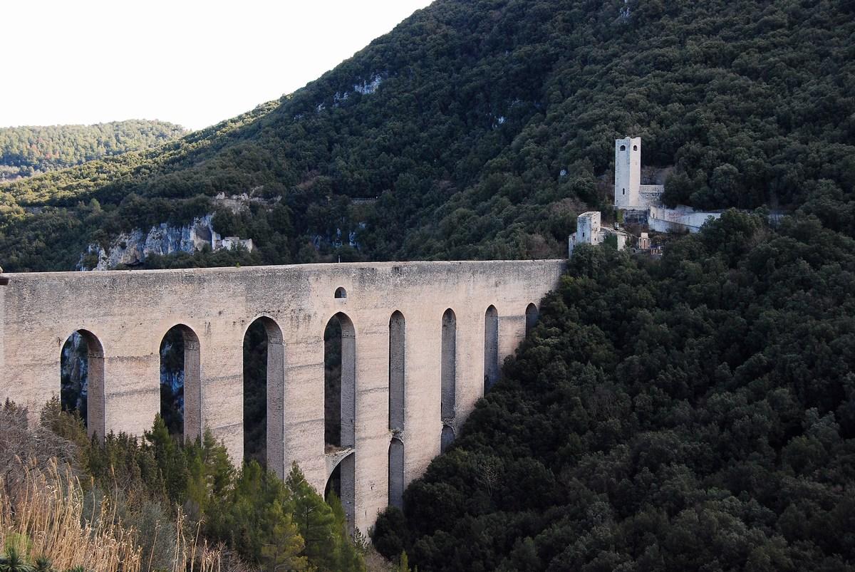 Ponte delle Torri Spolète