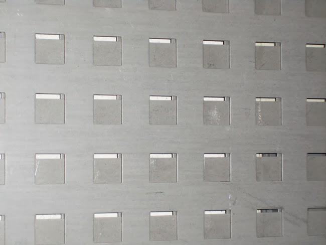 Grupo Andreu Chapas Perforadas Decorativas