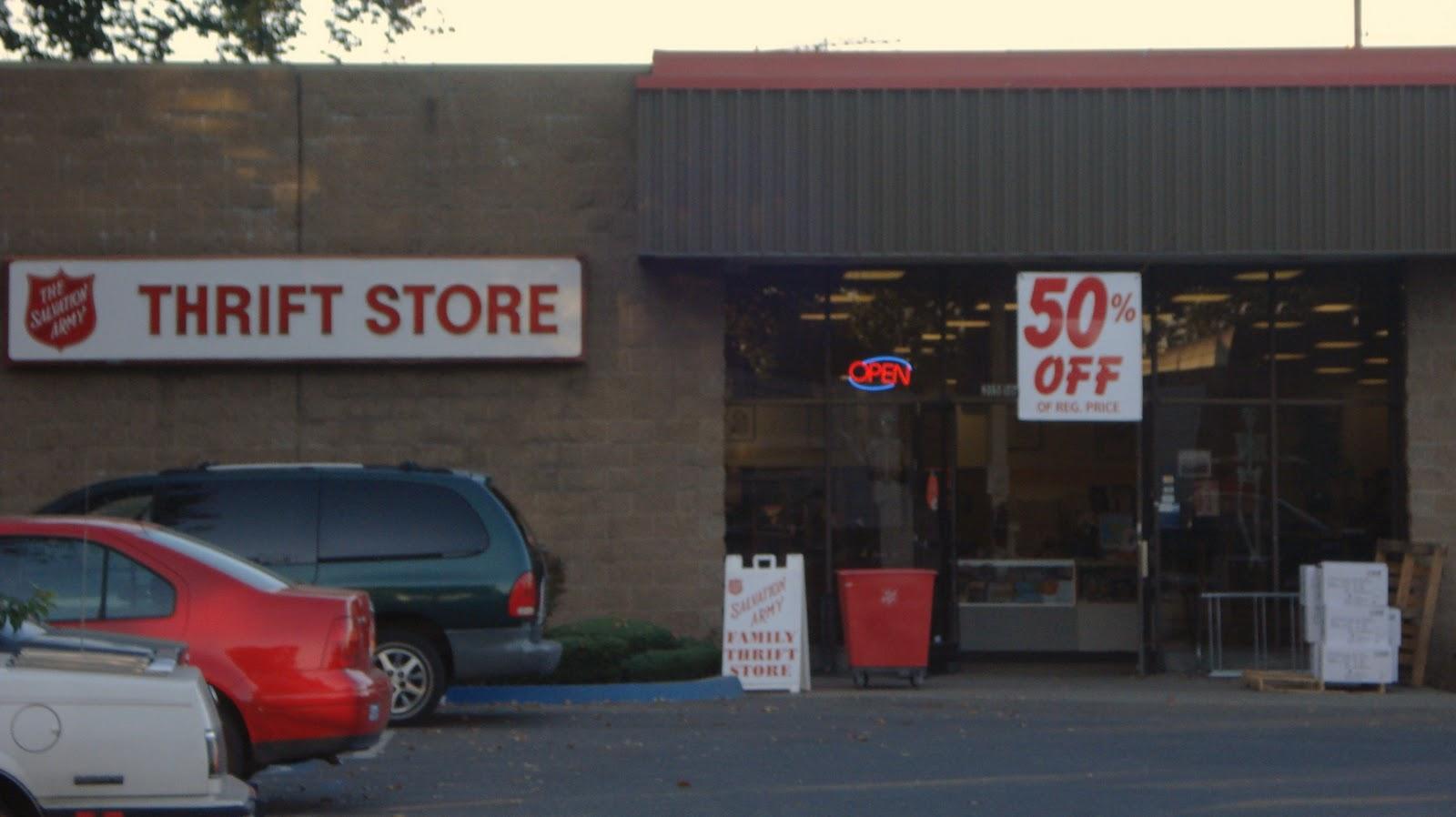Thrift Shop Commando: October 2011