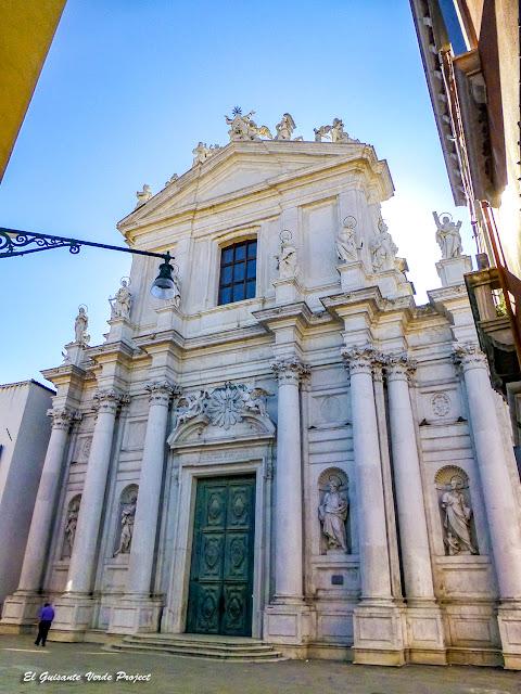 Iglesia dei Gesuiti - Cannregio, Venecia por El Guisante Verde Project