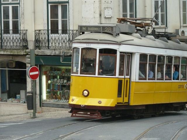 Rutas De Polichinela Paseo Titiritero Por Lisboa