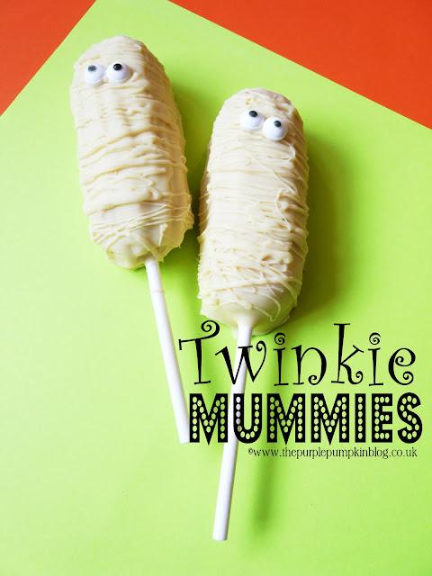 Twinkie Mummies on Sticks | The Purple Pumpkin Blog