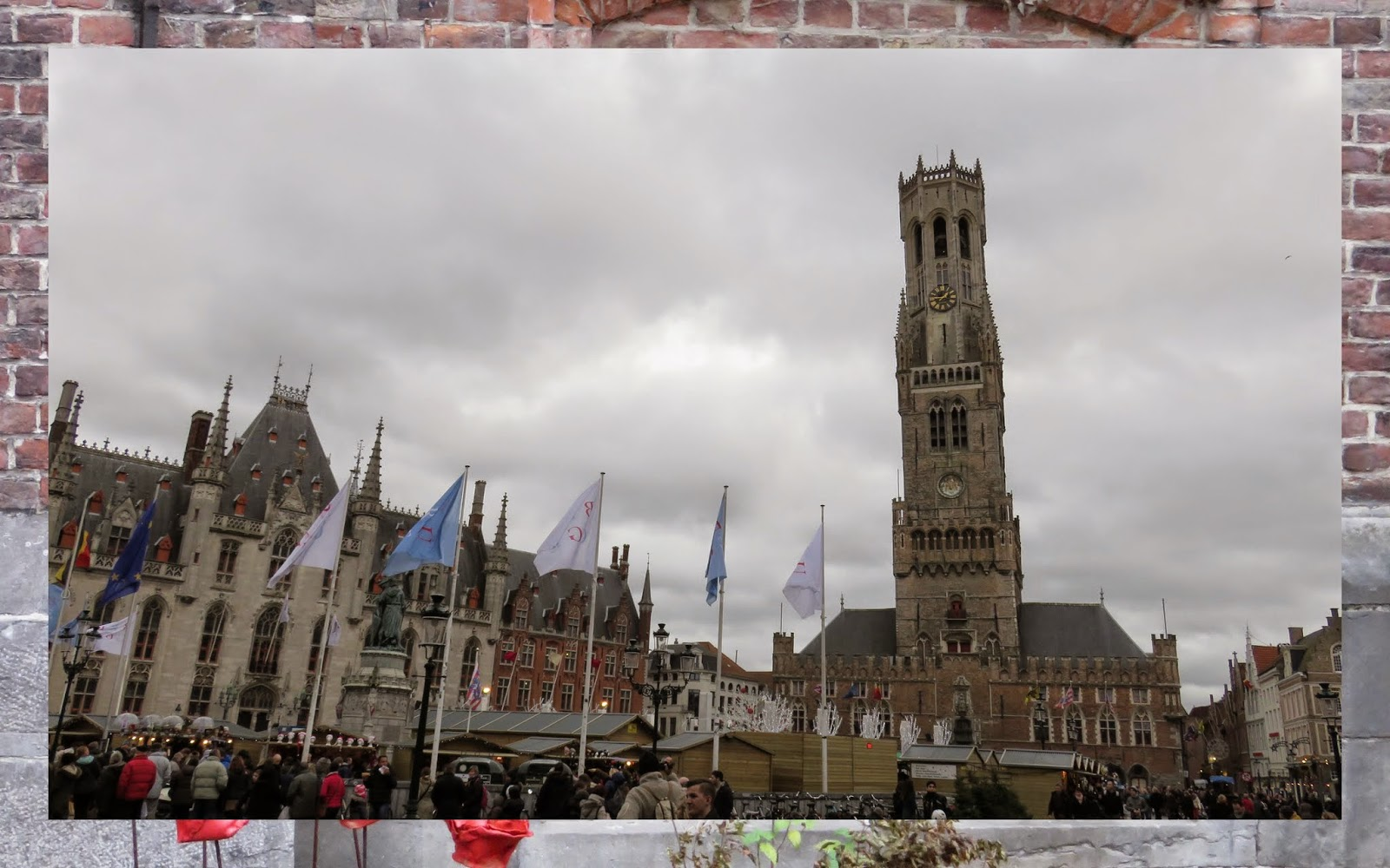15 Reasons to Visit Bruges For Christmas: Bruges Grote Markt at Christmas