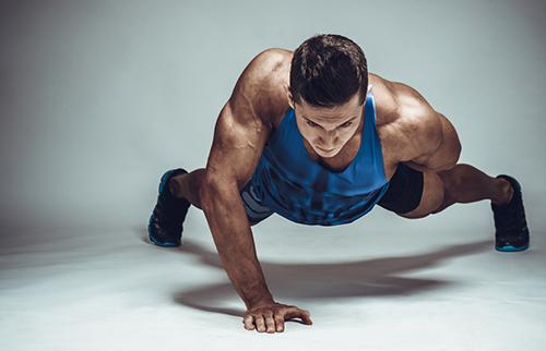 القدرة على القيام ب40 ضغطة من تمرين الضغط تشير الى امتلاك قلب سليم