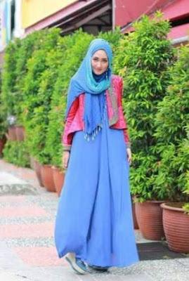 Baju Gamis Blazer Karya Desainer Dian Pelangi