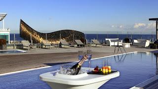 el mejor hotel de la piscina en la terrazas de barcelona
