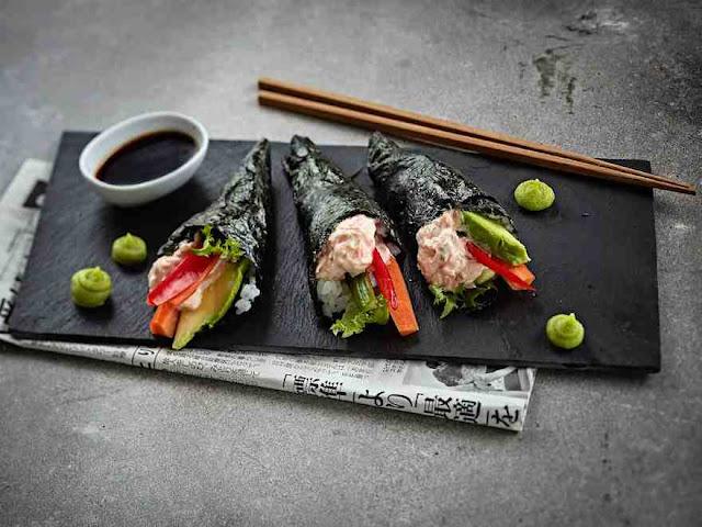 Как приготовить суши и роллы в домашних условиях : техника приготовления и рецепты