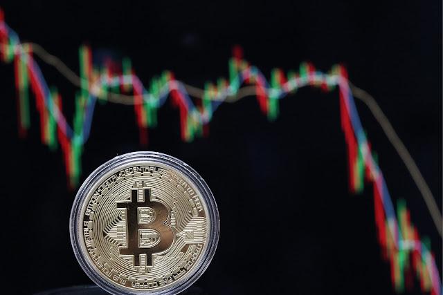 لم الإستثمار في عملة البيتكوين (Bitcoin) الآن أصبح أمرا خطيرا ؟! حقائق عليك معرفتها عن البيتكوين