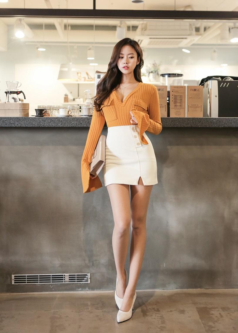 Korean Model Kim Joo Hee on Magazine Jan 2017