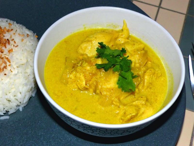 curry jaune de poulet marlyzen cuisine revisit e. Black Bedroom Furniture Sets. Home Design Ideas