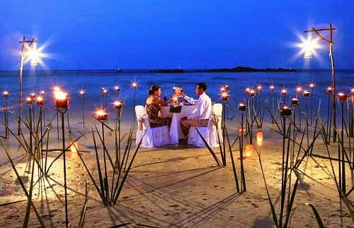 romantic dinner sea face at bintan lagoon resort