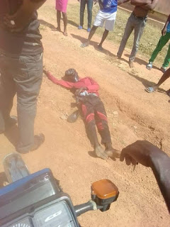 Two Armed Robbers Shot An Okada Rider Dead (Graphic Photo)