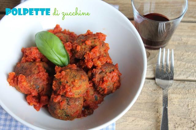 Ricetta | Polpette di zucchine con cuore di mozzarella senza fritture