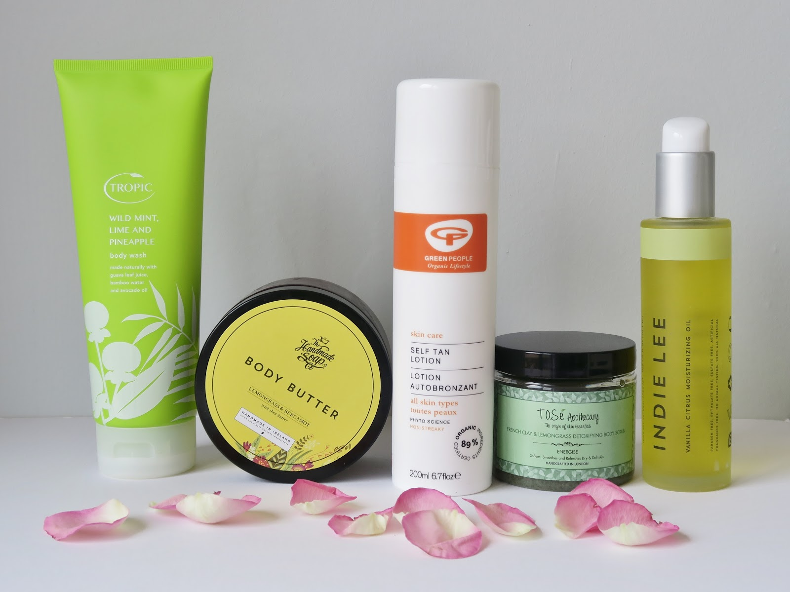 http://www.thisnaturalbee.co.uk/2017/05/natural-body-products-for-spring.html