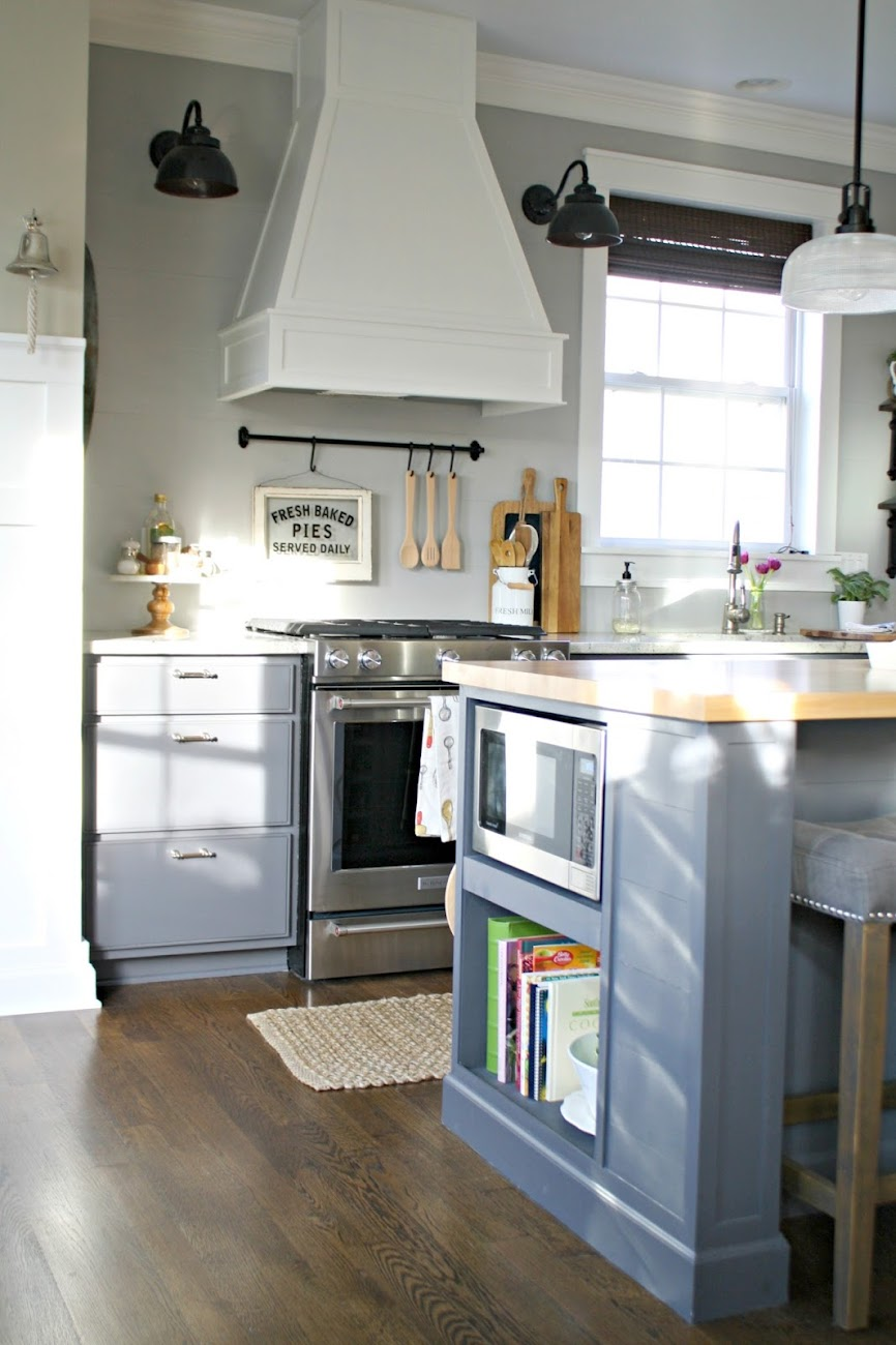 The kitchen that sarah built from thrifty decor chick for Vent hoods for kitchens