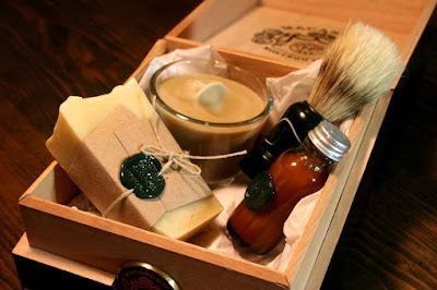 jenis macam tipe produk perawatan tubuh pria lelaki cowok beauty blogger vlogger indonesia review kecantikan shaving grooming manfaat kegunaan kelebihan kelemahan fungsi kesehatan rapi parfum body care