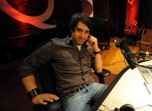 cbc, canadian radio host jian ghaomeshi in the studio