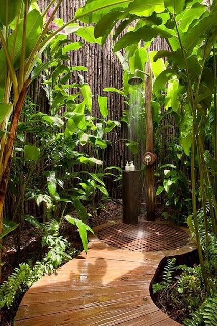 รั้วไม้ไผ่สำหรับห้องอาบน้ำ