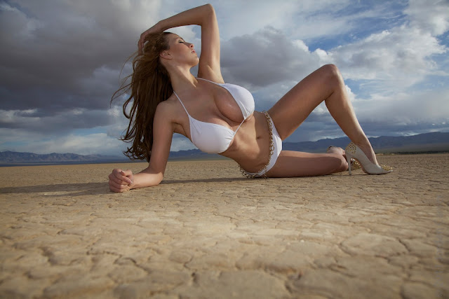 Jordan-Carver-Lada-hottest-and-sexiest-photoshoot-hd-picture_27